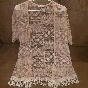 Lace short sleeve cover up small/medium
